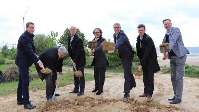 "Tagebau Garzweiler: Erstes Teilstück des ""Grünen Bands"" wurde am 03. Mai 2019 eröffnet."